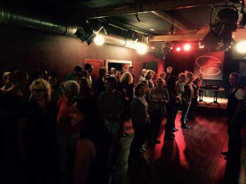 Gezellige salsa lessen en cursussen salsales cursus bij Salsa dansschool Esta Manera in Apeldoorn en Deventer